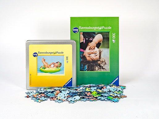 300 pieces photo puzzle cardboard box and metal tin